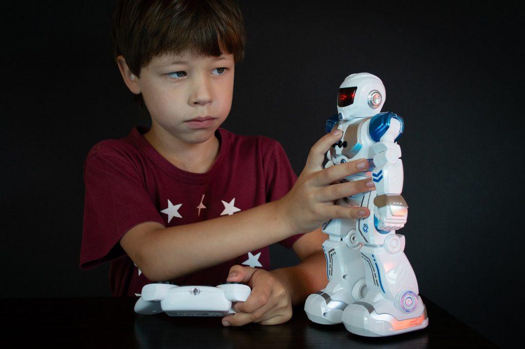 Boy Model Posture Toy Robot - Victoria_Borodinova / Pixabay