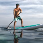 Kánoe už není in zkuste paddleboarding
