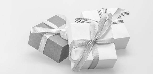Jaký dárek věnovat babičce a dědečkovi?