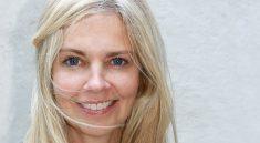 Jak pečovat o blond vlasy v létě