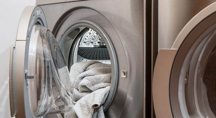 Washing Machine Laundry Tumble Drier  - stevepb / Pixabay